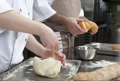 食品メーカー様(菓子・麺・パン等)